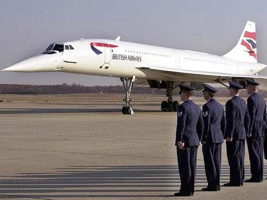 """英国航空公司的""""协和""""超音速客机"""