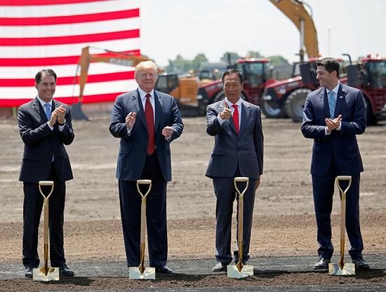 美国威斯康辛州更换州长 富士康设厂之路起波澜