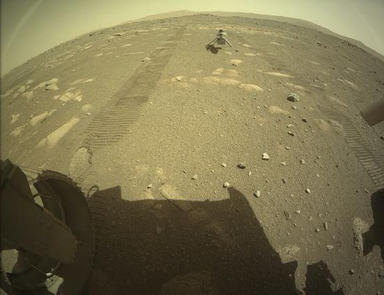 """机智号直升机着陆火星""""停机坪"""",最早4月11日首飞"""