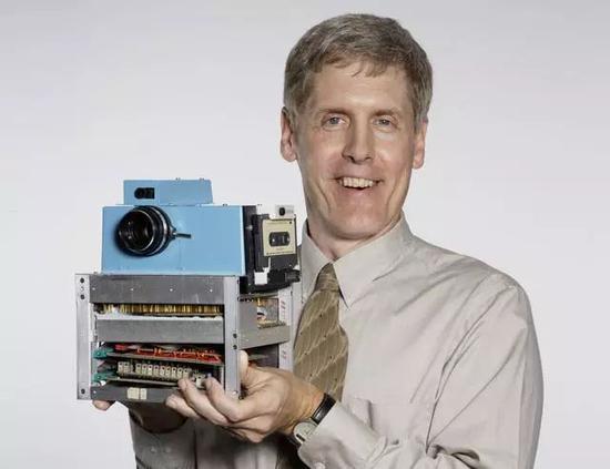 Sasson和他的相机