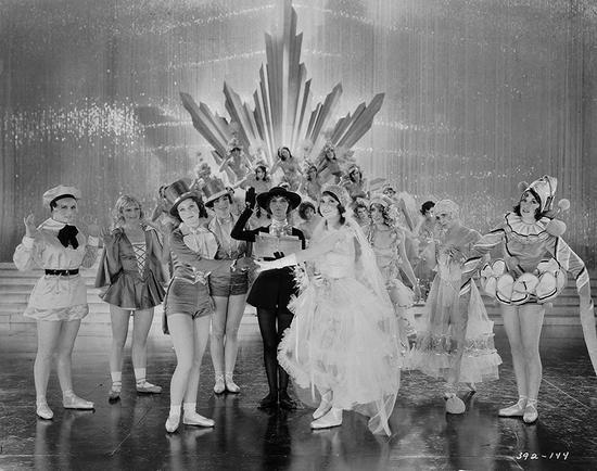 《百老汇旋律》号称是最水奥斯卡