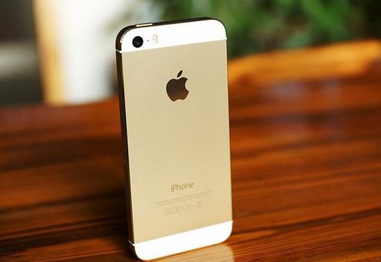 蘋果寧做充電保護殼也不做厚手機是為何?