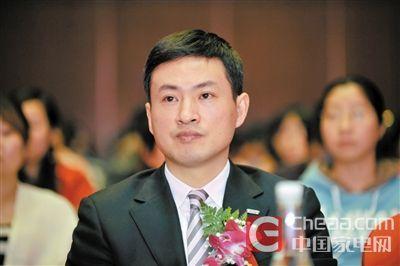 3前苏宁易购执行副总裁李斌