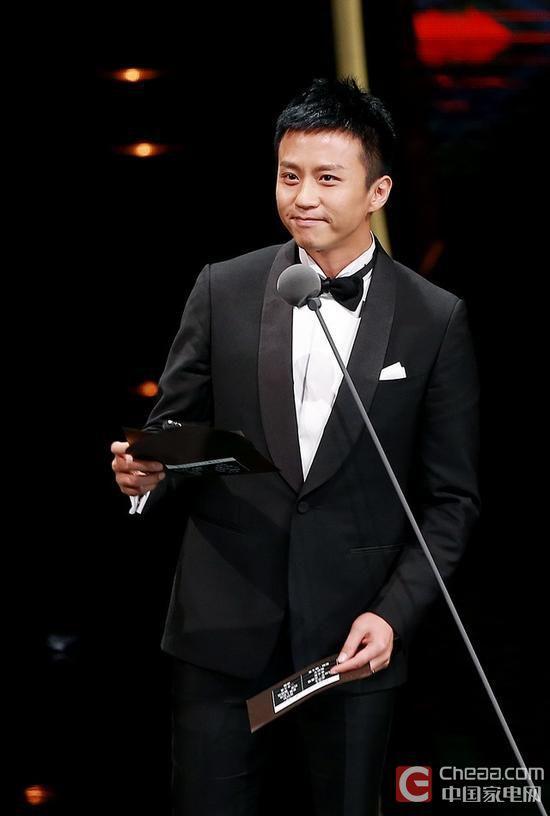 长虹CHiQ产品经理、中国内地男演员邓超5
