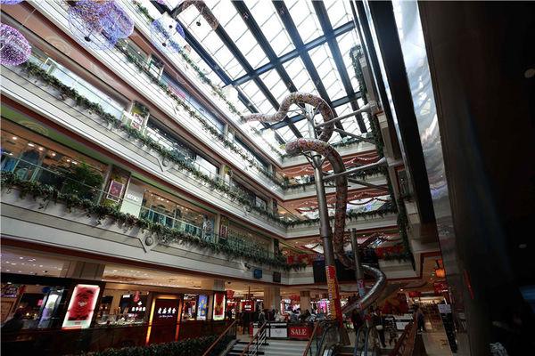 资料图:巴黎春天百货巨型滑梯