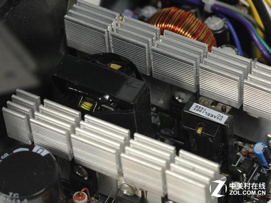 主副变压器及主动式PFC设计