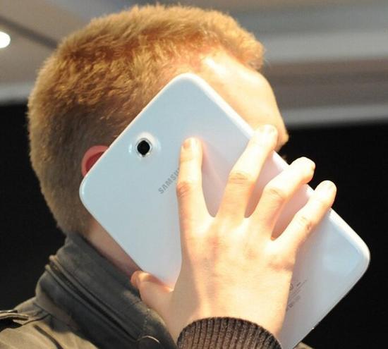 放心用 研究确认长期玩手机不会引发癌症