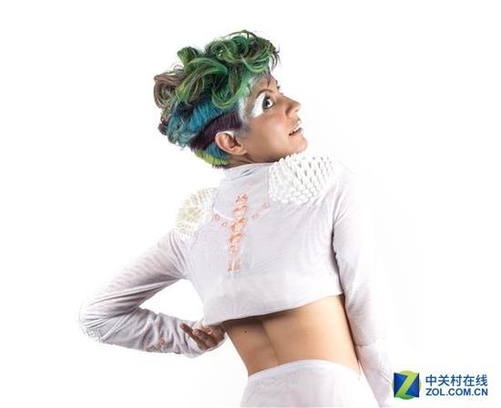 3D打印鸡皮疙瘩夹克 可以预测人的情绪