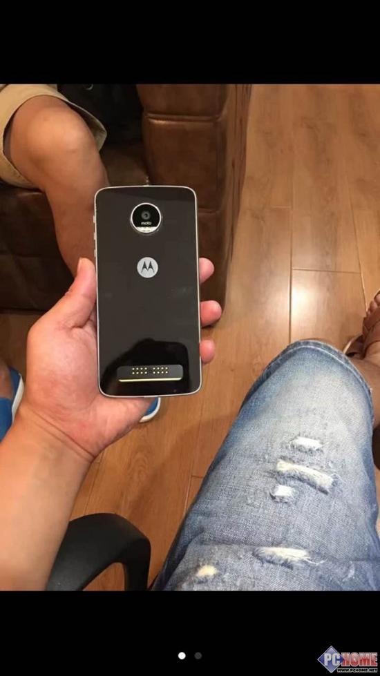 新品Moto Z play原型机更多谍照曝光
