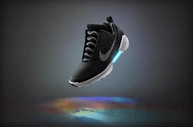 耐克自动系带鞋HyperAdapt1.0:11月发售
