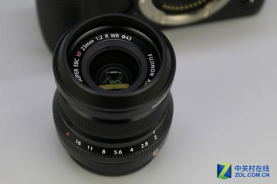 富士的新款23mmF2镜头,是富士XF系列镜头中等效35mm镜头的又一新作