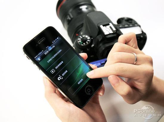 在相机里调整基本参数后,也可以在手机客户端微调参数
