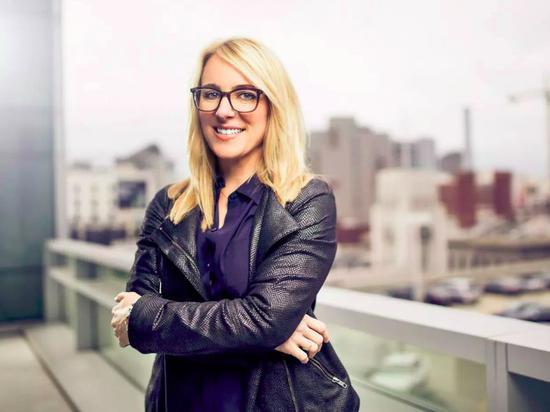NO.32 Slack公司产品副总裁April Underwood