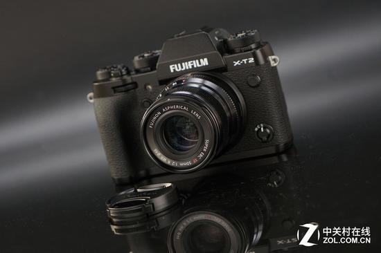 定焦镜头可以发挥微单相机的便携特性