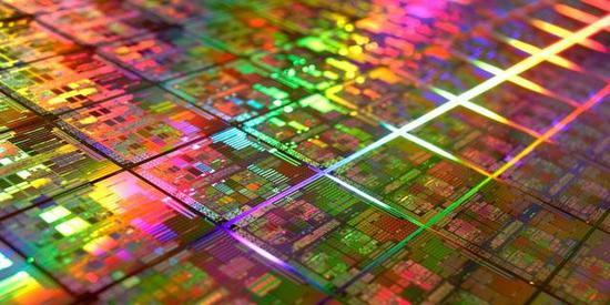台积电第一代7nm芯片良品率已经高达76%