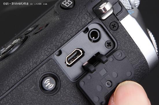 佳能EOS M6侧面快门线 HDMI接口设计
