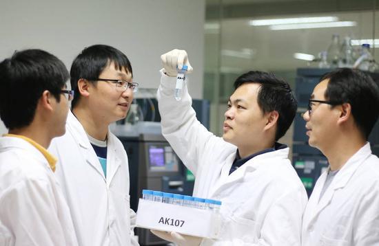 《华尔街日报》网站配图中国一生物制药初创企业。
