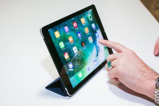 全新9.7英寸苹果iPad