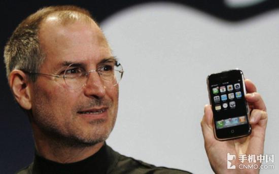 苹果发布初代iPhone