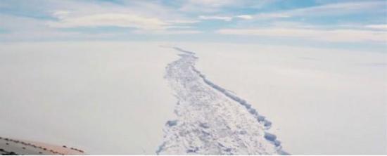 图片来源:英国南极调查局/YouTube