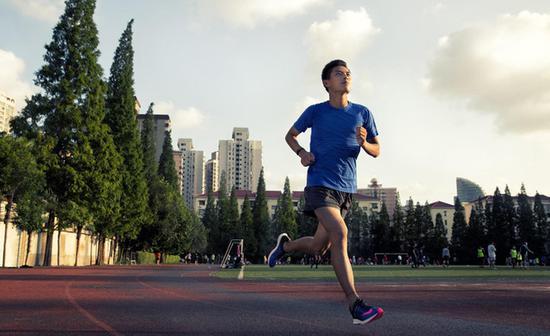 多一些户外锻炼 为健康加油