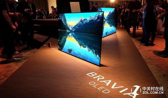 索尼在今年强势推出了OLED电视