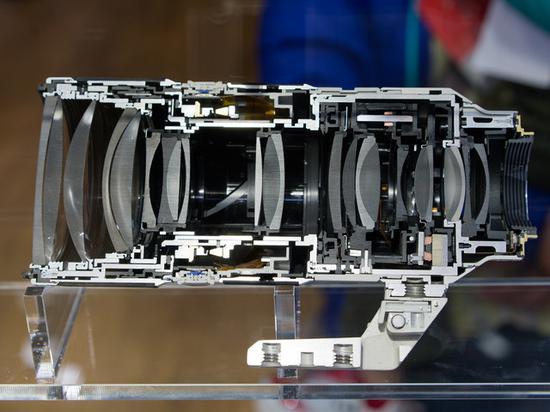 70-200mmF2.8镜头断面