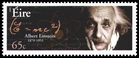 根据爱因斯坦的E=mc2,是不是所有物质其实都具有巨大的能量?