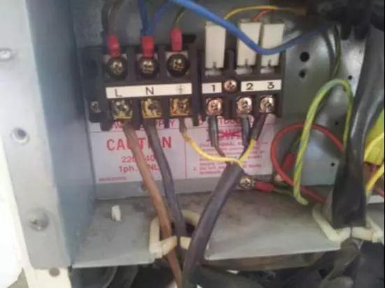 ▲空调接线的端子