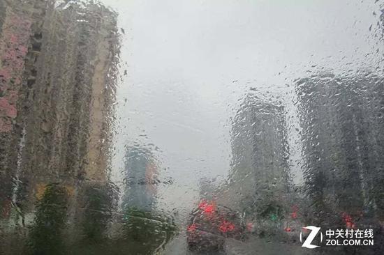 在这种天气中要是没有除湿 简直活不了