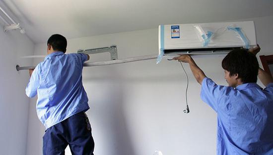 不守时和不规范的空调安装让我们头疼