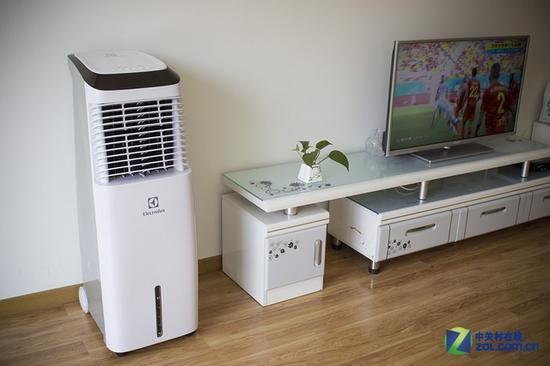很多人家中都使用了空调扇