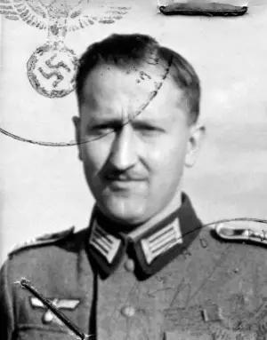 纳粹医生海因里希·格罗斯(1915-2005),图源:History of Sorts