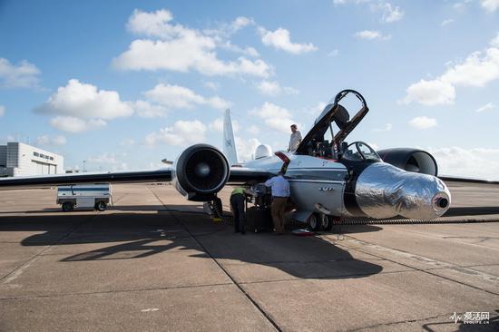 改装后的WB-57F