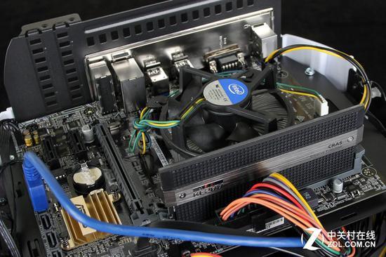 i3级别的CPU使用原装散热器即可