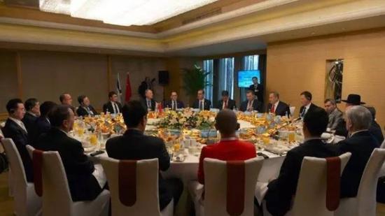柳传志参加内塔尼亚胡总统的早餐宴会(北京)