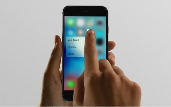 除了黑科技,用户最关注的是解决用户痛点和手机使用体验的升级