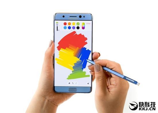 更大屏准备苹果新动作:让iPhone支持手写笔