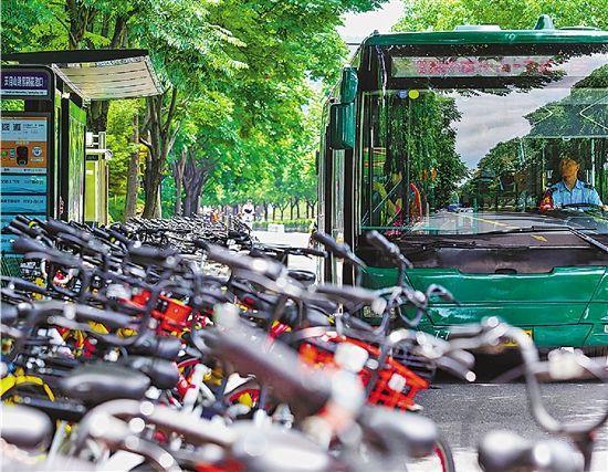 共享单车围城叫停投放不是唯一的破局思路