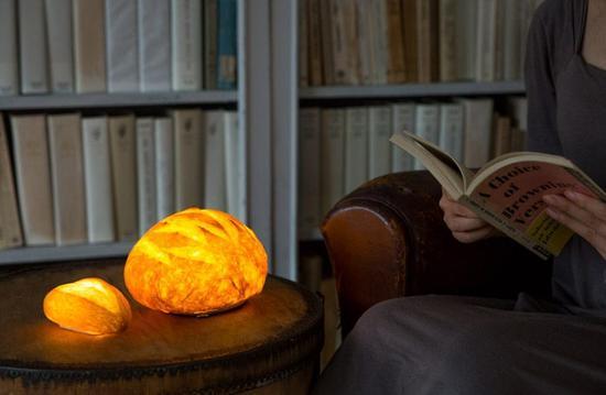 面包灯可以根据使用者的喜好放置在任何位置