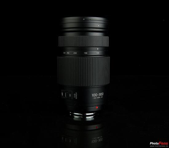 松下 LUMIX G VARIO 100-300mm F4.0-5.6 II POWER O.I.S.镜身