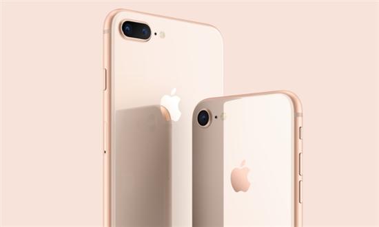 我们选择是苹果官网和天猫Apple Store官方旗舰店这两个官方渠道。结果让人大跌眼镜。