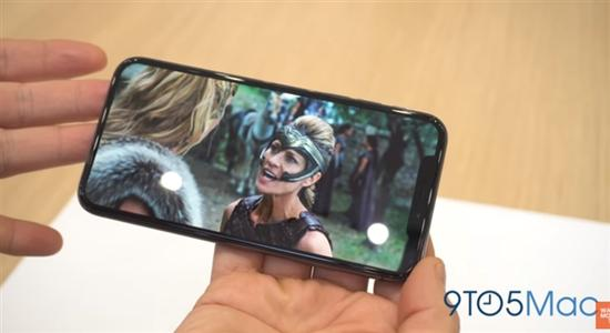 iPhone X看女神电影画面是这样...处女座被逼死