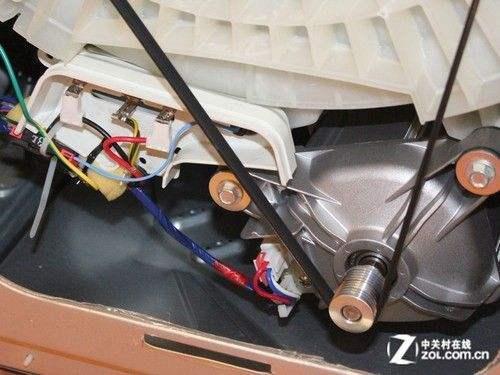 洗衣机内部皮带传动结构