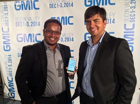 Ola的联合创始人BhavishAggarwal(右)
