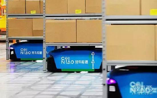 菜鸟AGV机器人搬运货架