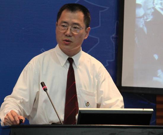 贾力2013年在全国科协年会(贵州)做关于预防肿瘤转移重要性的报告