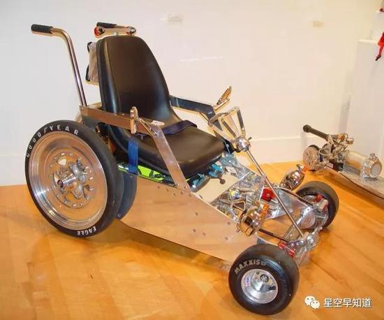 火箭推进的轮椅。。。了解一下来源:www.the-rocketman.com