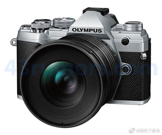 奥林巴斯8-25mm F4 PRO镜头外观曝光