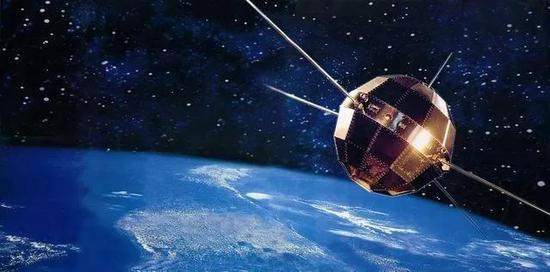 """我国第一颗人造地球卫星""""东方红一号""""(图片来自网络)"""